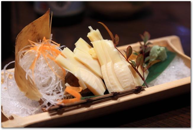 タケノコを茹でた料理